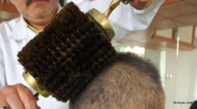 260 Yıllık Fırçayla Erdoğan'ın Saçlarını Taramak Hayliyle Yaşıyor