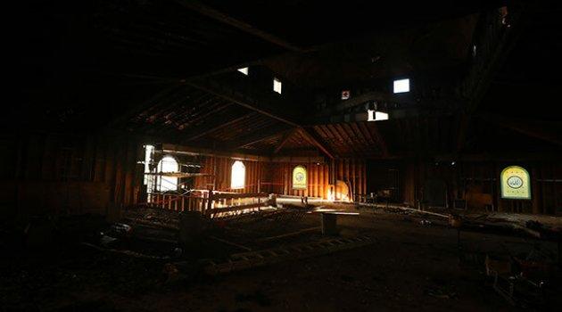 ABD'de caminin kundaklanmasına tepkiler sürüyor
