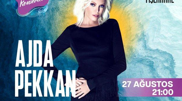 Ajda Pekkan özel şovuyla Fişekhane Deniz Konserleri'nde