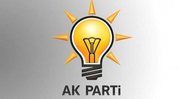 AK Parti'den iki kişi daha istifa etti