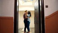 Behzat Ç.'de iki kadın oyuncunun öpüşmesi diziye damga vurdu