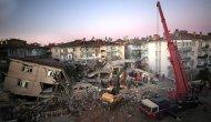 Elazığ'da arama kurtarma çalışmaları devam ediyor