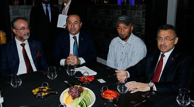 Fuat Oktay, Yeni Zelanda'da Türk vatandaşlarıyla bir araya geldi
