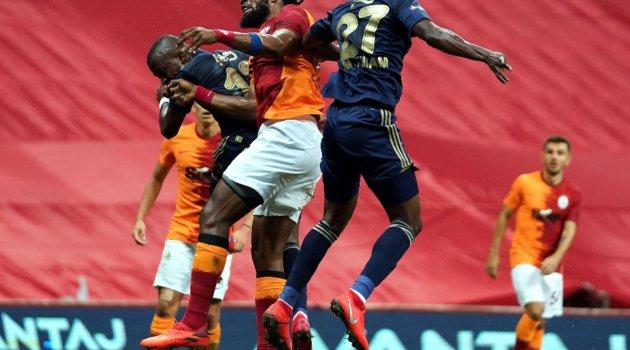 Galatasaray - Fenerbahçe karşılaşması 0-0 eşitlikle sona erdi