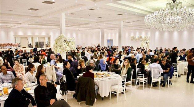 Hollanda'da Kudüs'teki bir okula yardım toplamak için iftar düzenlendi