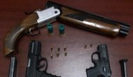 İş yerinde silah bulunduran 3 şahıs gözaltına alındı