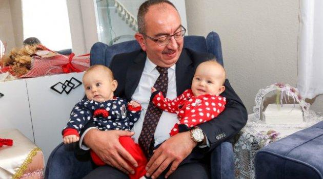Kavuş'tan 'iyi ki doğdun bebek' ziyareti