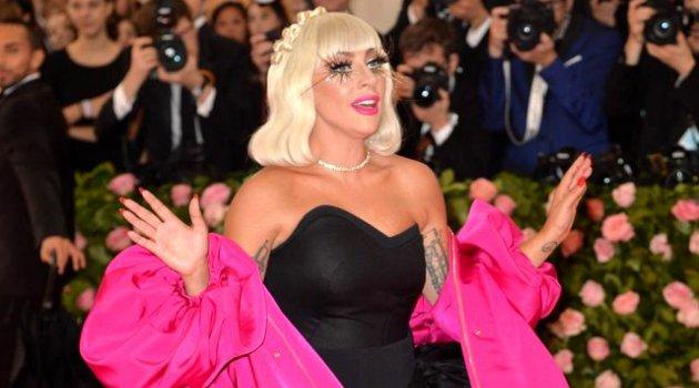 Lady Gaga'dan fırsatçılık eleştirilerine yanıt!