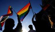 LGBTİ haklarını referanduma götürüyor
