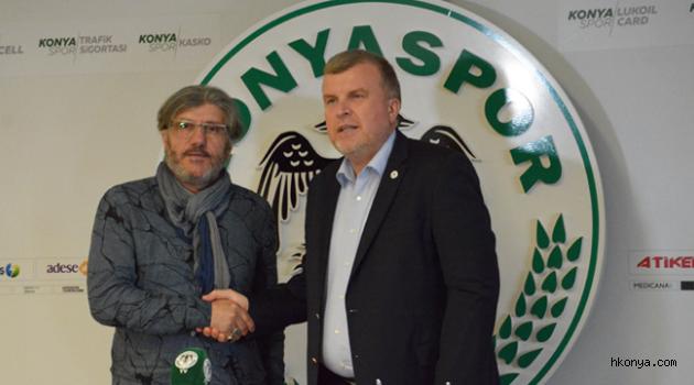 Mustafa Reşit Akçay Atiker Konyaspor'da