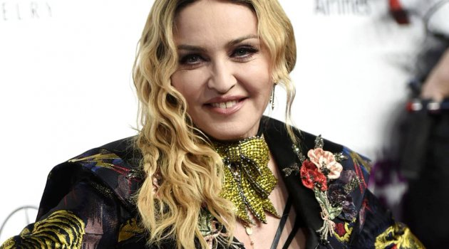 Madonna'da Şenay Devi'yi Seçti