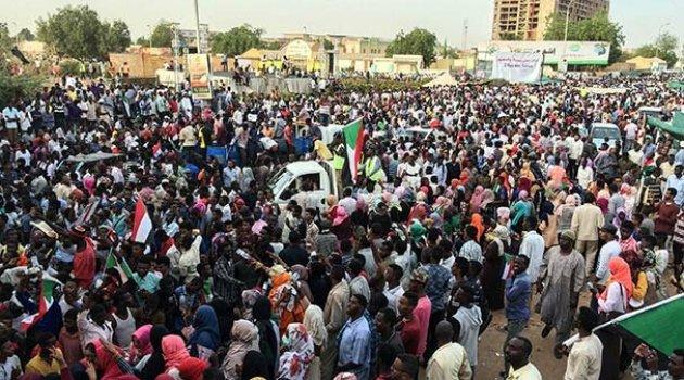 Sudan'da flaş gelişme: Komisyon kurulacak