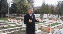 """""""Çanakkale destanını yazan şanlı ordumuzu minnetle anıyorum"""""""