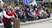 Rize'ye gelen turist kafilesine, tulumlu karşılama