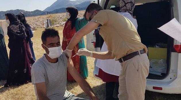 Tarım işçilerine Kovid-19 aşısı yapıldı