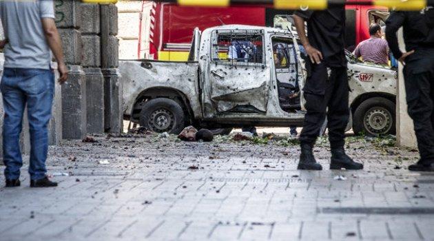 Tunus'ta peş peşe intihar saldırıları!