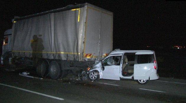 Zincirleme trafik kazasında 1 kişi öldü, 1 kişi yaralandı